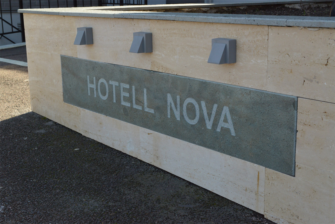Hotell Nova ingång