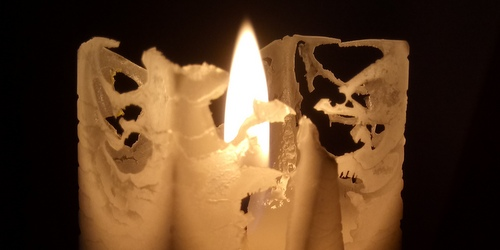 Lace on the surface of the candle
